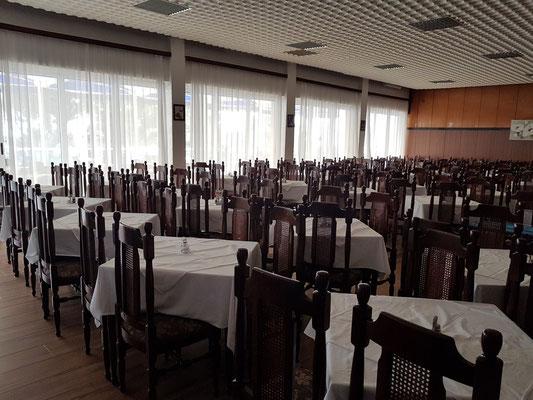 Speisesaal des Hotels Albatros im Retro-Look