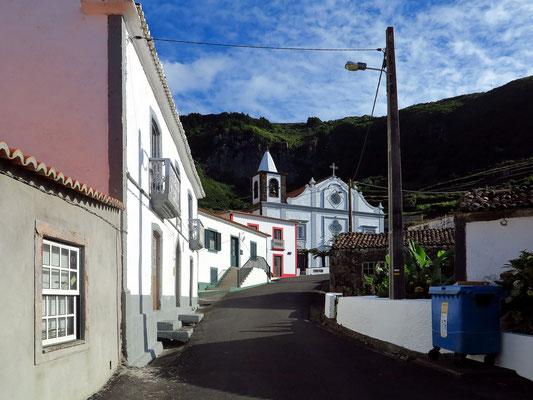 Kirche in Fajãzinha