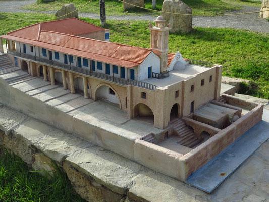 Miniaturenpark mit den 15 wichtigsten Highlights der Insel, hier St.-Andreas-Kloster auf der Halbinsel Karpaz