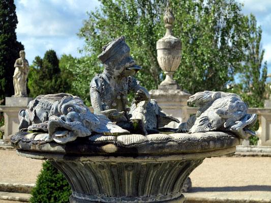 Einer der beiden Affenbrunnen