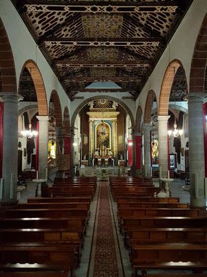 Iglesia Matriz de El Salvador, Hauptschiff mit Blick zum Hauptaltar
