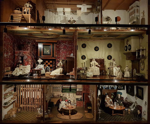 Puppenhäuser ab 1676
