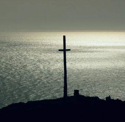 ... das Holzkreuz am südwestlichsten Ende der antiken Welt
