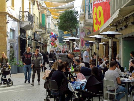 Flaniermeile Ledras im südlichen Teil der Altstadt