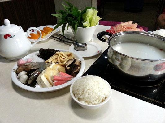 Abschiedsessen im chinesischen Restaurant Xiao Wei Yang Hotpot in Deira