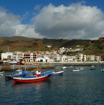 Playa Santiago, Fischerhafen und Touristenort