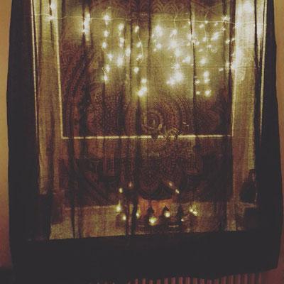 Mandala Wandtuch in schwarz gold als Vorhang