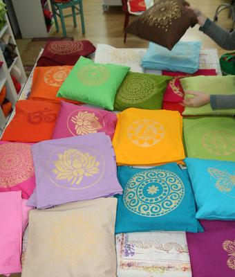 Designer Sofa-Kssen