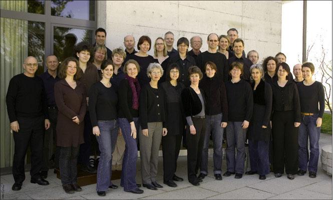 Chor im Jahr 2007 (Foto: Rolf Fries)