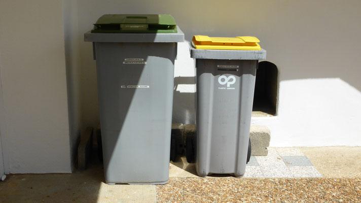 Poubelles ordures ménagères et recyclage