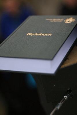 Neues Gipfelbuch