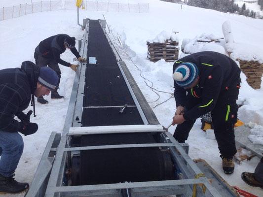 Montage Zauberteppich Skilift Oberbach 28.11.2015