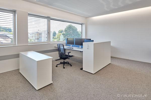 15   Büro