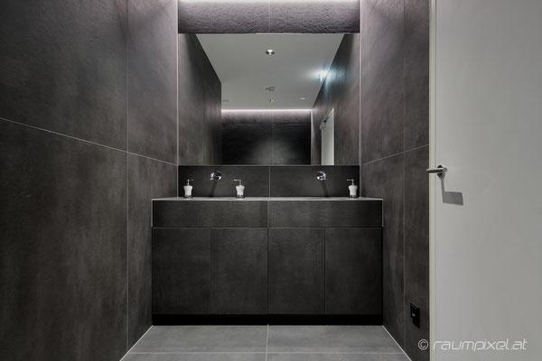 22  Sanitärbereich - Black&White