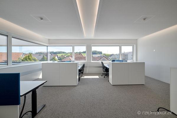 18   Büro