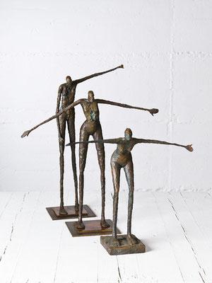 """3 Figuren """"Sie will fliegen"""" """"Mit ausgebreiteten Schwingen"""" """"Siegespose"""" Bronze/Unikat"""