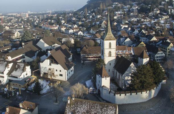 Muttenz Dorf und KMU Winterzauber mit BLKB Eisbahn 16/17