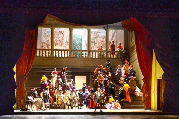 """Rigoletto"" regia di  Pierluigi Samaritani ripresa da Betta Brusa"