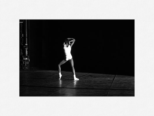 MR_STEPHENGALLOWAY, Enemy in the Figure, Ballet Frankfurt, 1989 [No.1] – © Oliver G. Miller