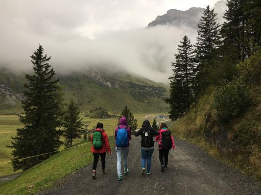 Sart von Trübsee-Station zum Alpstübli