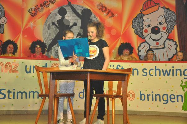 """Sketch """"Hausaufgaben"""" - Angelina Kirst und Daliah Trapp"""
