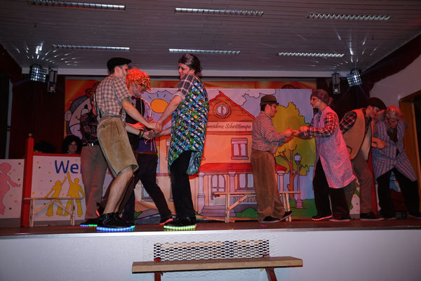 """Showtanz """"Partytime im Altersheim"""" - Schritttempo"""