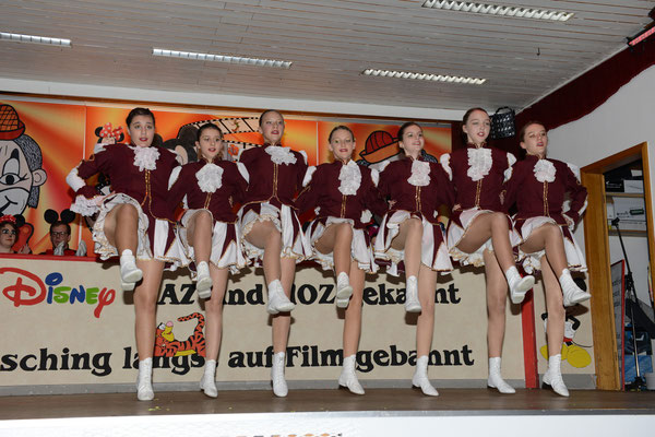 Mc Kenzell Girls 2. Fremdensitzung