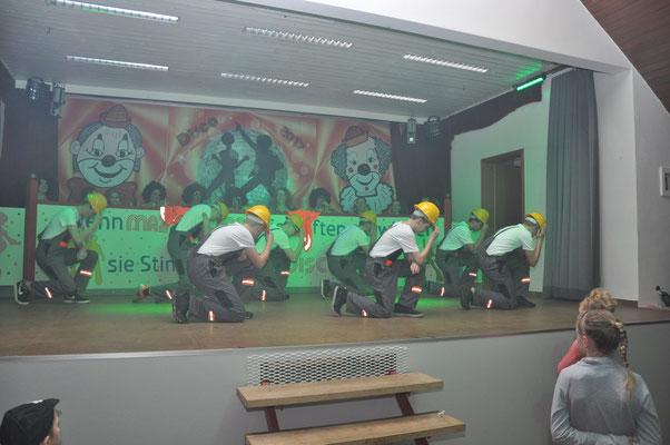 "Showtanz ""Bauarbeiter"" - Dancing Boys"