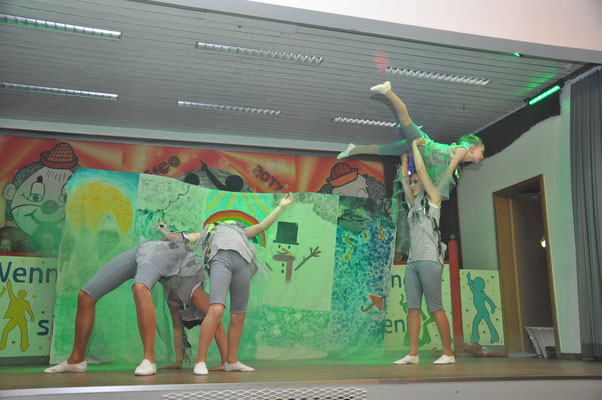 """Tanz / Akrobatik """"Bei Wind und Wetter"""" - Molzbacher Voltis Kids"""