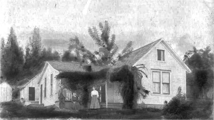 John Johnson's home, located at the end of Lincoln Road (built around 1900)
