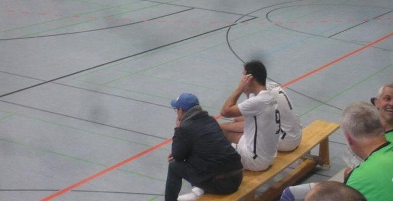 Kam noch hinzu: erst als Coach, dann als Spieler: Mauricio Vieira.