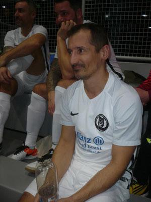 Mauricio Vieira  kam später hinzu.
