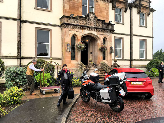 Ankunft am Cameron House am Loch Lommond