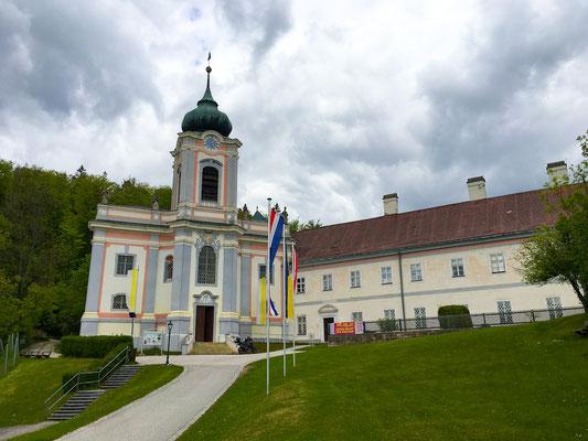 Wallfahrtskirche und Kloster am Mariahilfberg