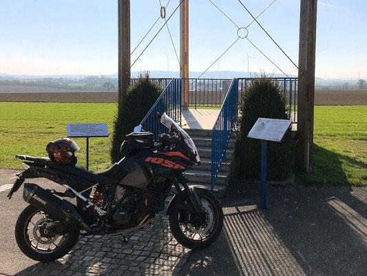 Max-Schubert-Warte / geographischer Mittelpunkt Niederösterreichs