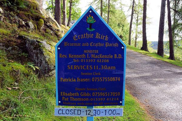 Weg zur Crathie Kirke