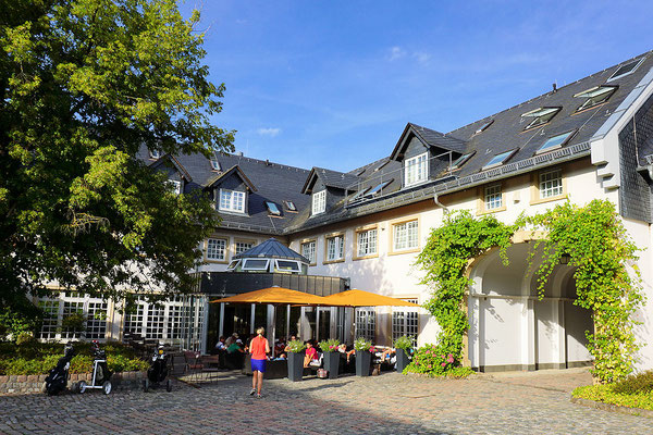 Innenhof Hotel Hofgut Georgenthal