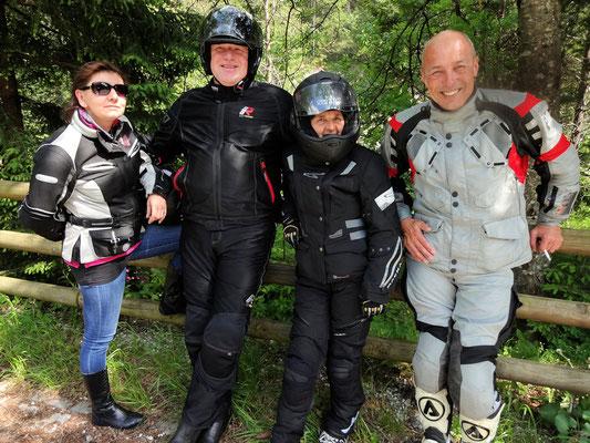 Richtung Bovec (Tanja, Michael, Hilde, Ernst)