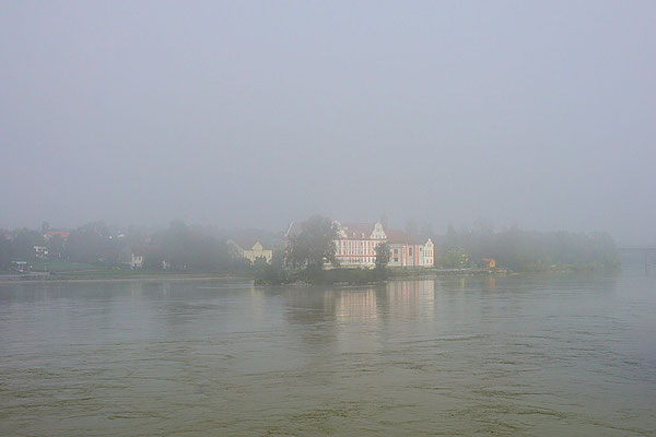 Schloss Neuhaus am Inn