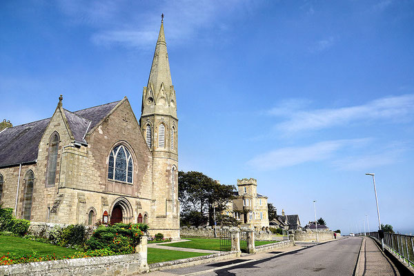 Lossiemouth / Saint James Church