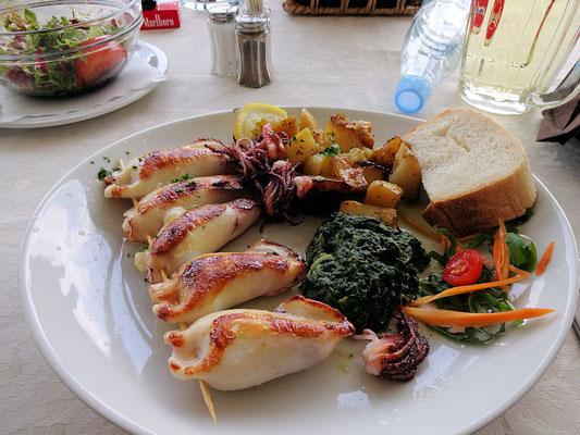 Idrsko-Kobarid / Gasthaus Jazbec (gefüllte Tintenfische)