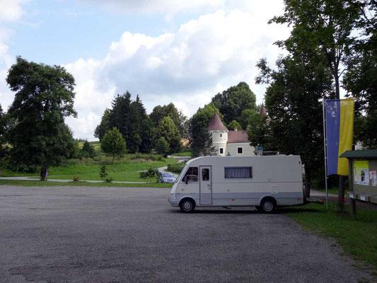 Parkplatz Schloss Waldreichs