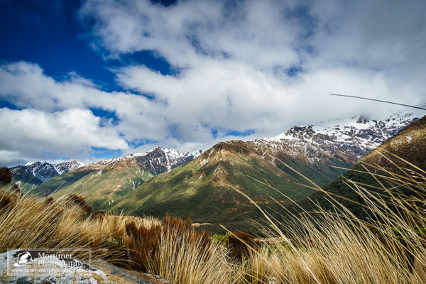 Wahnsinnig gute Aussicht auf die schneebedeckten Berge des Arthurs Pass beim Temple Basin