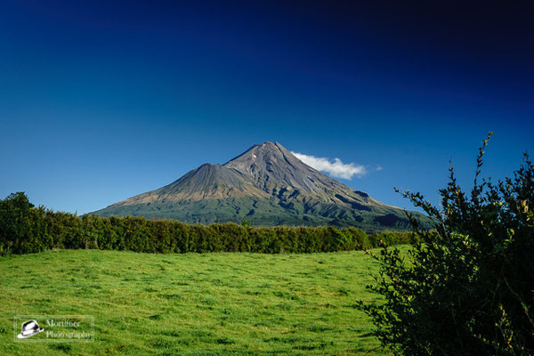 the perfect volcano Taranaki on sunny day