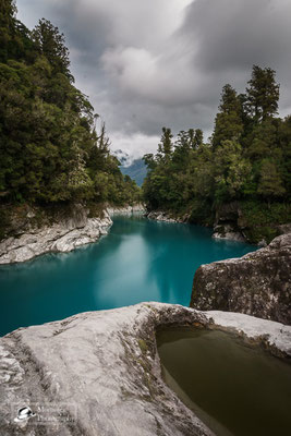 surreal colors of the water at hokitika gorge