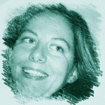 Veronica Morselli - Cons. Direttivo - Grafica pubblicitaria e bibliotecaria, residente a San Possidonio, si occupa della gestione della biblioteca e della progettazione di rete - Mamma di 2 bambini