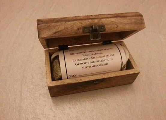 Gutscheinbox mit 3 verschiedenen Gewürzgläsern zusätzlich zu einem Event Gutschein zu erwerben!  Kosten zuzüglich10 Euro