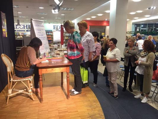 Jayc Jay mit 8 x 8 Premiumintentionen in Kempten Buchhandlung Dannheimer / Edele