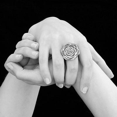 bague fleur en poterie francaise