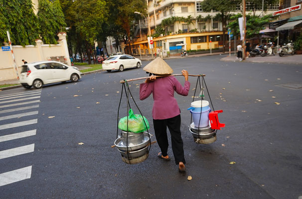 Vietnam -  Real working woman